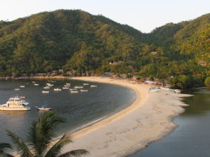 Take a Spanish-speaking tour of Yelapa where everyone shares the same trail